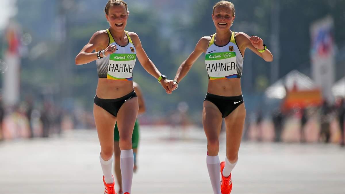 Почему марафон 42 км