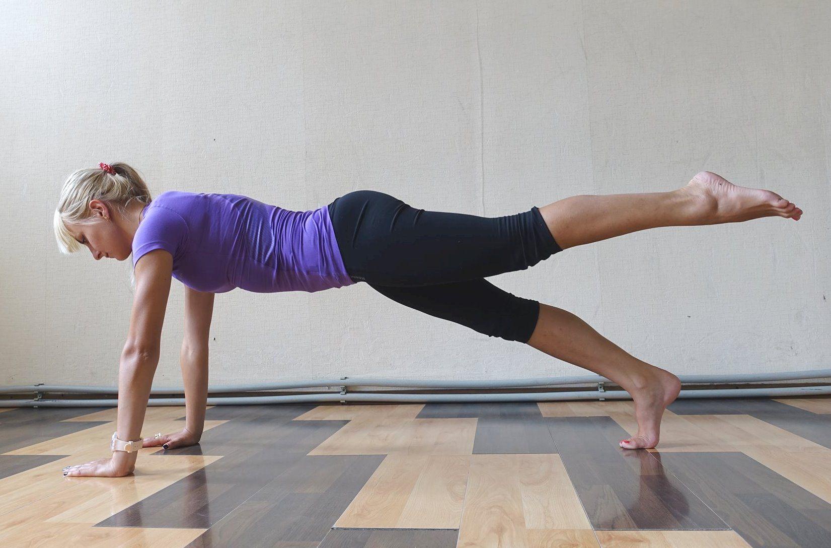 10 видов упражнений на планку + видео