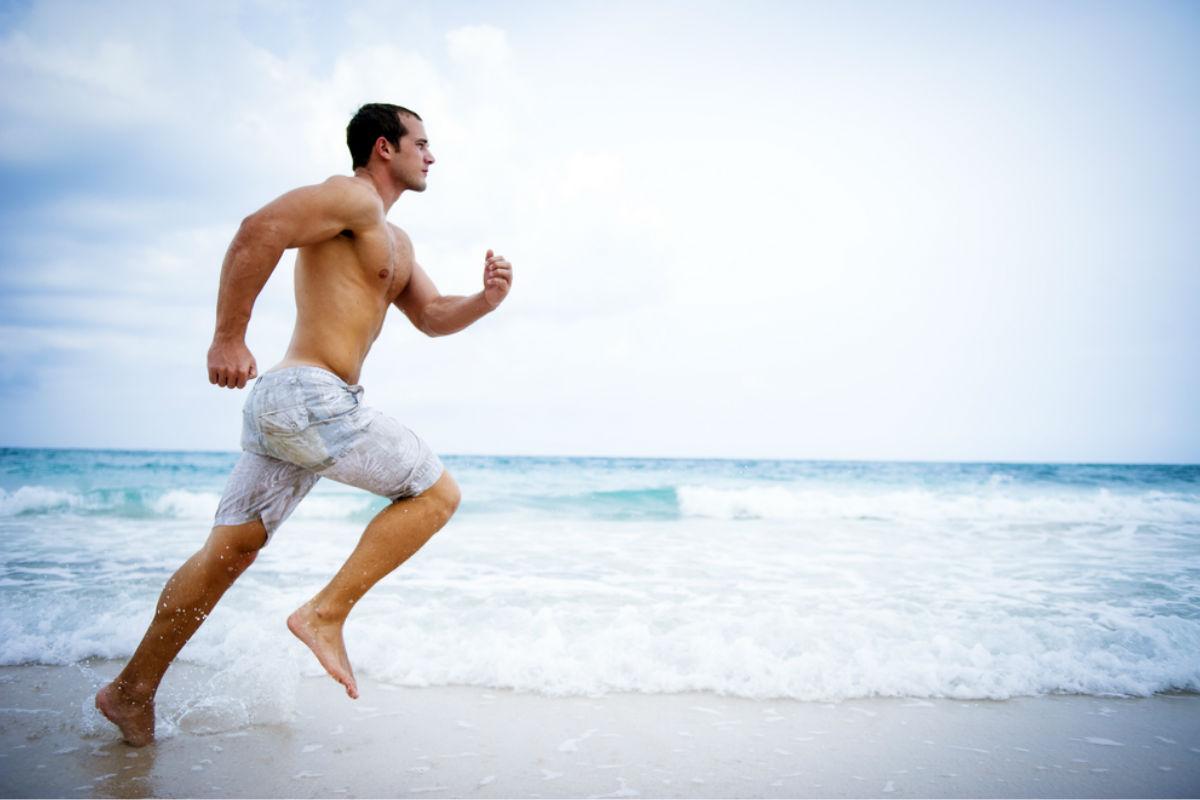 Бег по песку. Плюсы и минусы