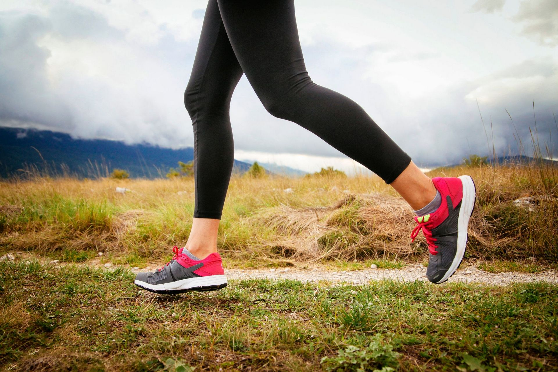 Кроссовки для бега летом