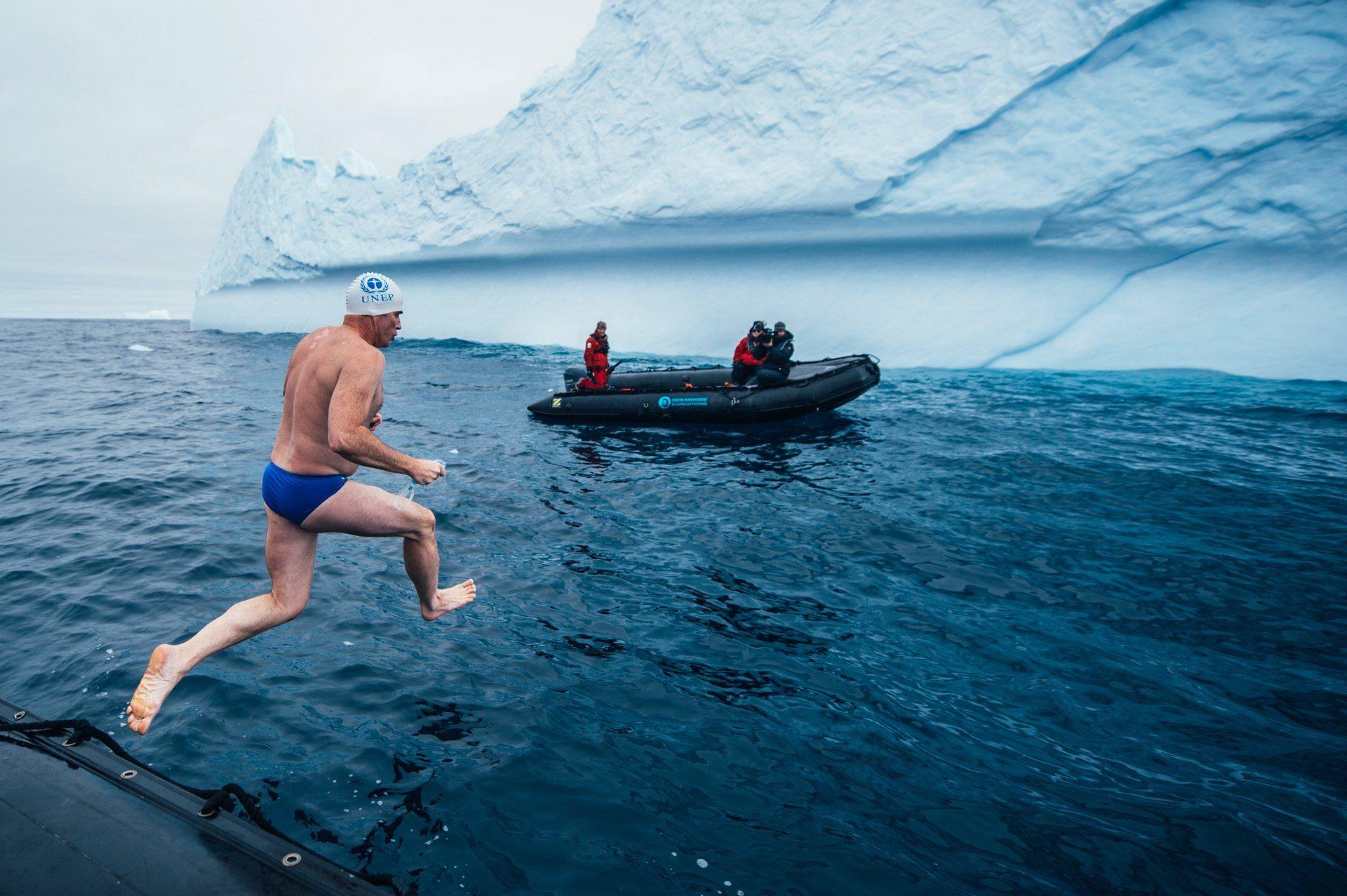 Пловец в экстремально низких температурах – Льюис Гордон Пью